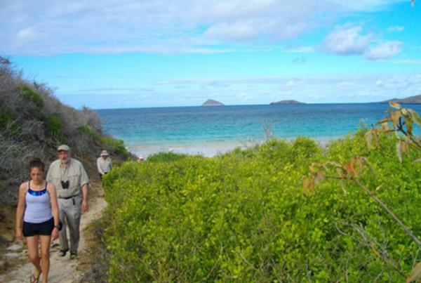 galapagos-island2